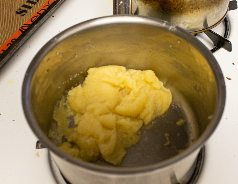 choux paste in pot