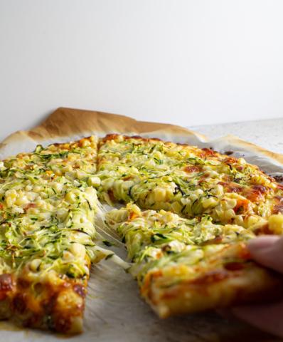 zucchini and corn pizza cheese pull