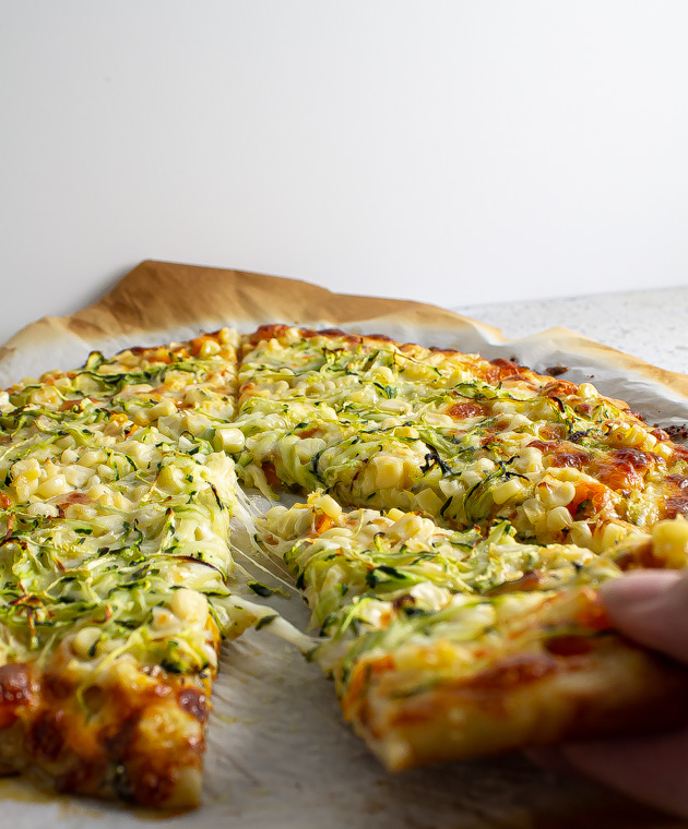 zucchini and corn pizza cheese pull
